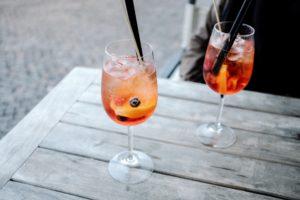 mouettes-plage-mer-vacances-apéro-spritz-rose
